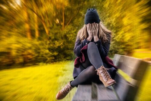 naisen ahdistusneuroosi