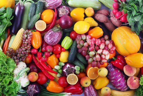 vihannekset ja hedelmät kuivan ihon pelastajat