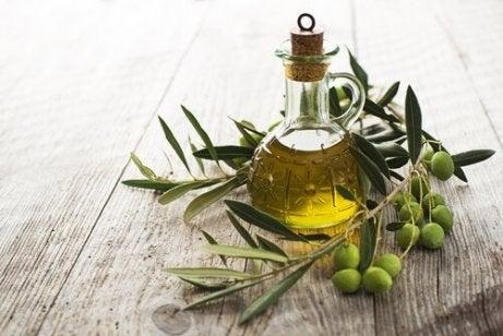 hoida korvien soimista oliiviöljyllä