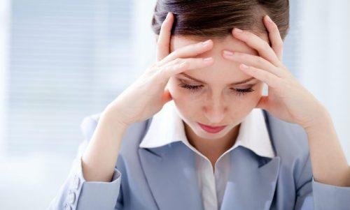 yölliset päänäsäryt vaivaavat