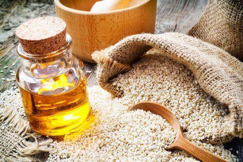 hoida korvien soimista seesaminsiemenöljyllä