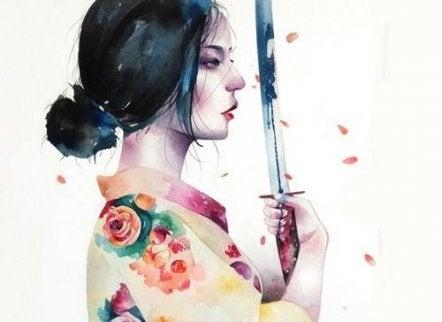 nainen miekan kanssa