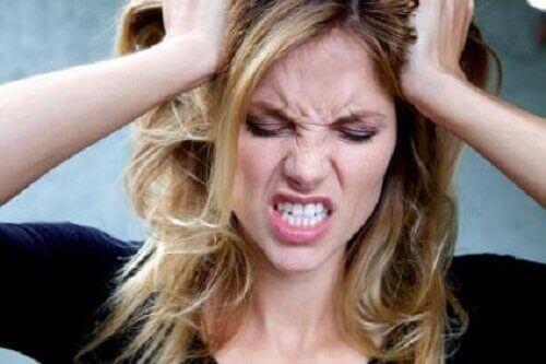 suolistoloisten oireet voivat olla päänsärky ja väsymys