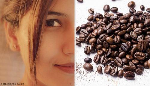 Kiinteämpi iho viiden kahvinaamion avulla