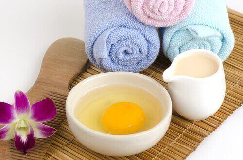 munamaito ja mantelit ihonhoidossa