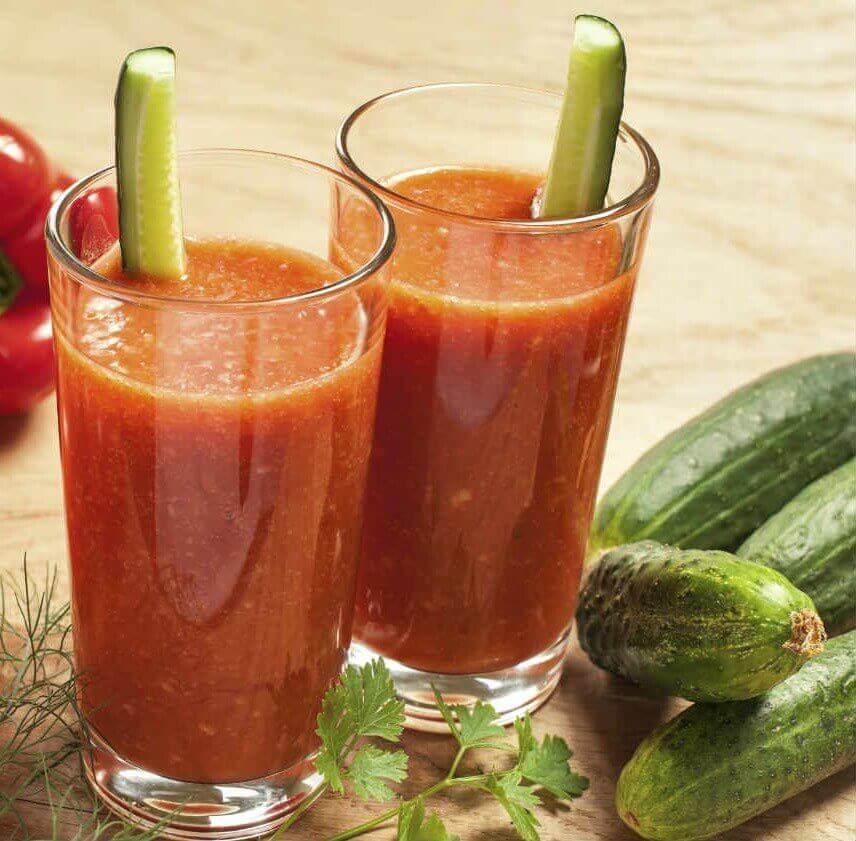 tomaatti-kurkkusmoothie