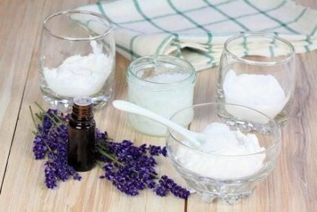 luonnollista deodoranttia laventelista