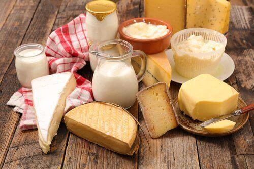 vältä maitotuotteila hiustenlähdön ehkäisyyn
