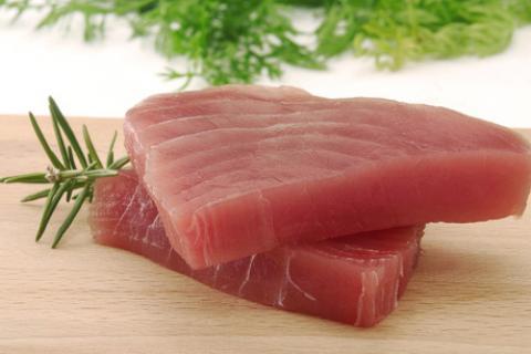 tonnikalassa on runsaasti proteiinia