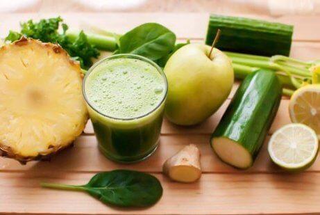5 smoothieta kehon puhdistamiseksi nopeasti