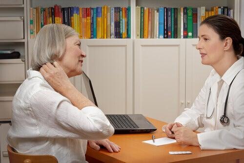 lääkäri diagnosoi fibromyalgian aiheuttajat