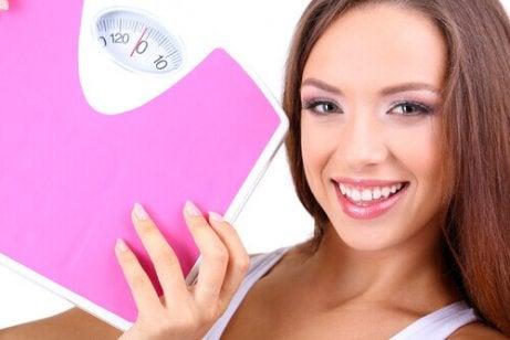 kvinoan syönti auttaa pudottamaan painoa