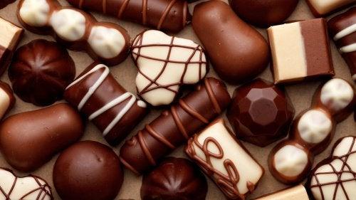 suklaa aiheuttaa närästystä