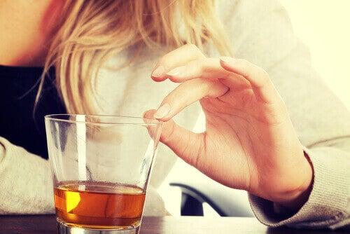 alkoholi aiheuttaa rasvamaksaa