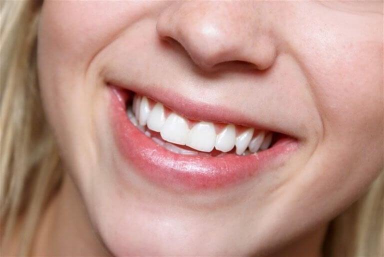 Manteleiden avulla pidät huolta hampaistasi.