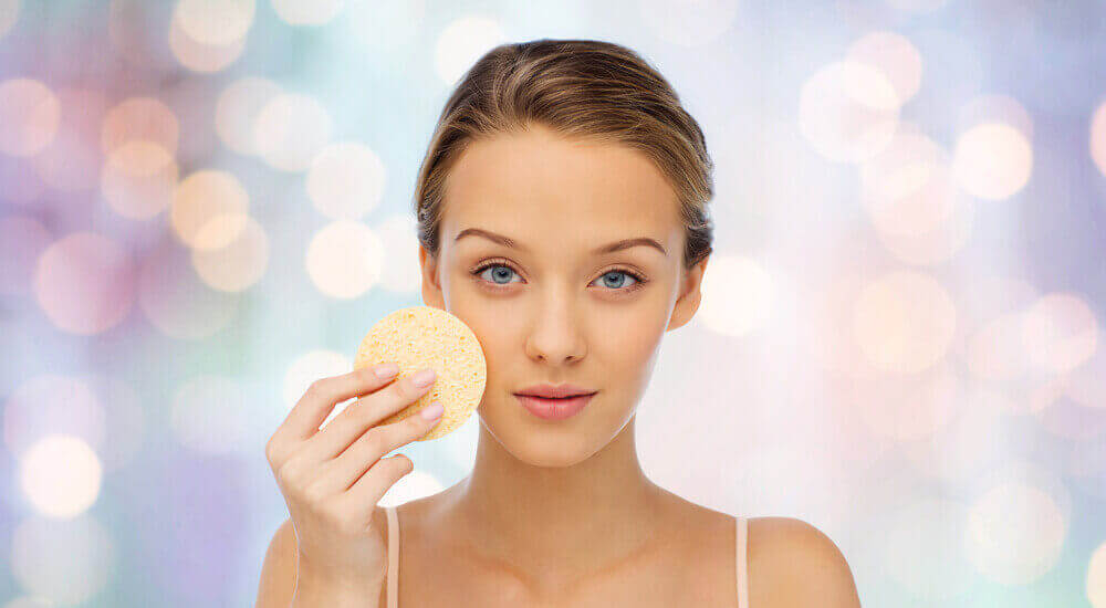 Hunajan nauttimisella on positiivisia vaikutuksia ihon kuntoon.