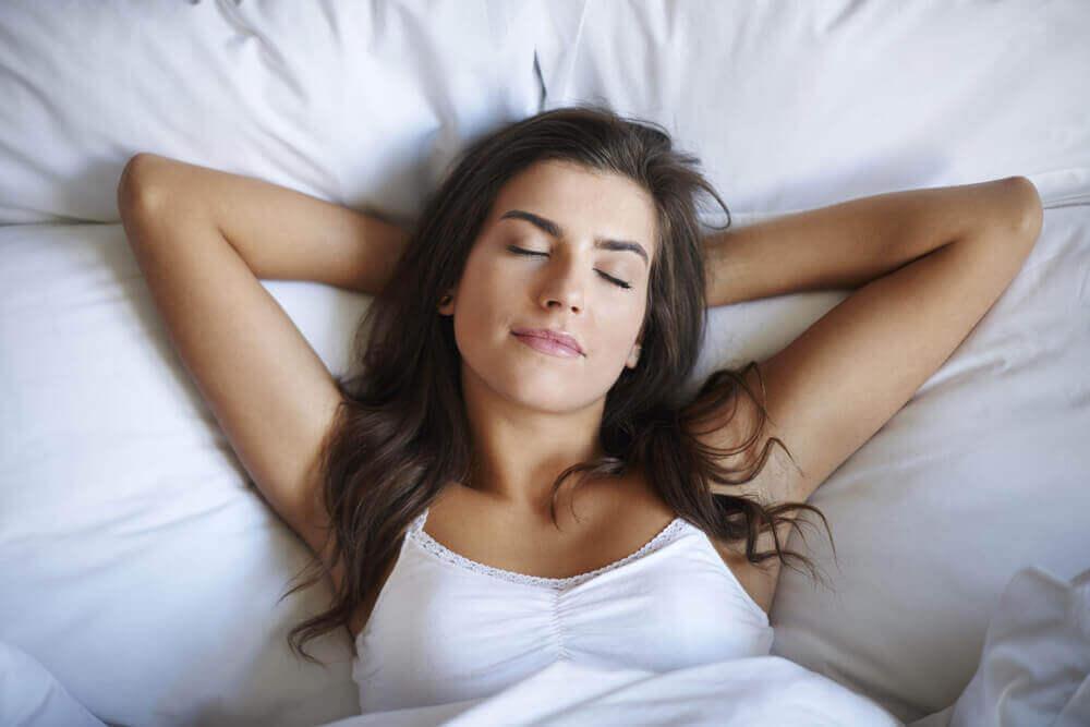 Himalajan suolalamppu auttaa nukkumaan
