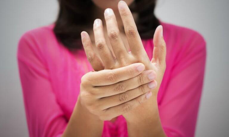 paranna verenkiertoa ja pääse eroon kylmistä käsistä