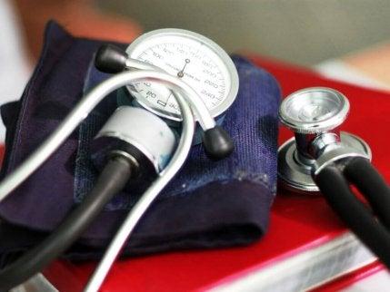 verenpaineen mittaukseen tarvittavat välineet