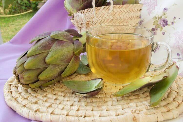 artisokasta valmistettua diureettista juomaa