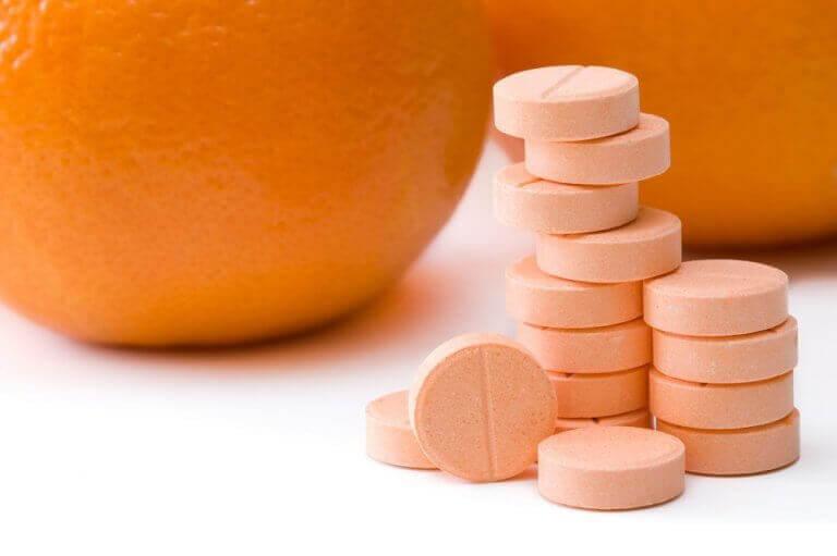 poista litteät syylät c-vitamiinilla