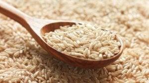 syö riisiä lihasten kasvattamiseksi