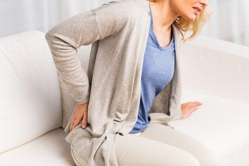 selkäsärky on merkki munuaisongelmista