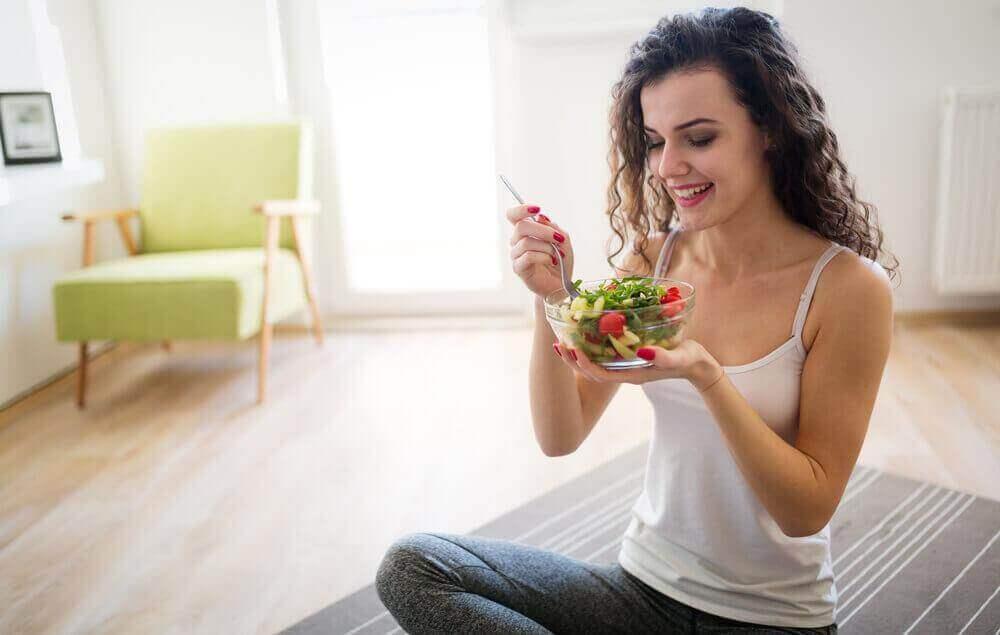 Pudota painoa oikein: syö usein, mutta pieniä annoksia.