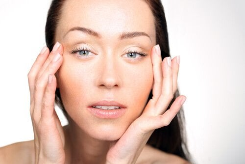 silmänympärysten turvotus on vitamiinipuutosten oire