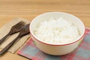 kuinka syödä riisiä