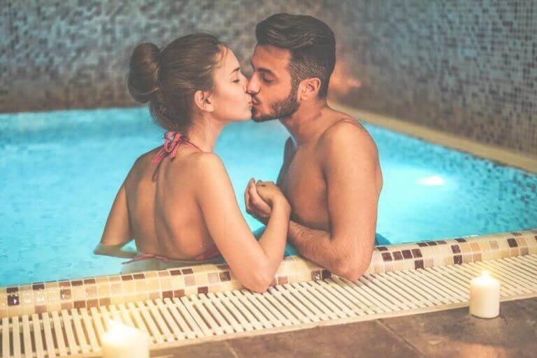 kuinka harrastaa seksiä vedessä