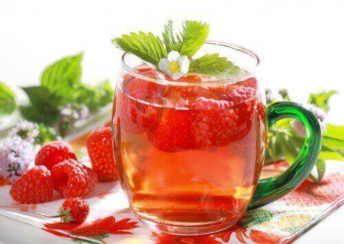 kokeile puhdistavaa juomaa vadelmasta