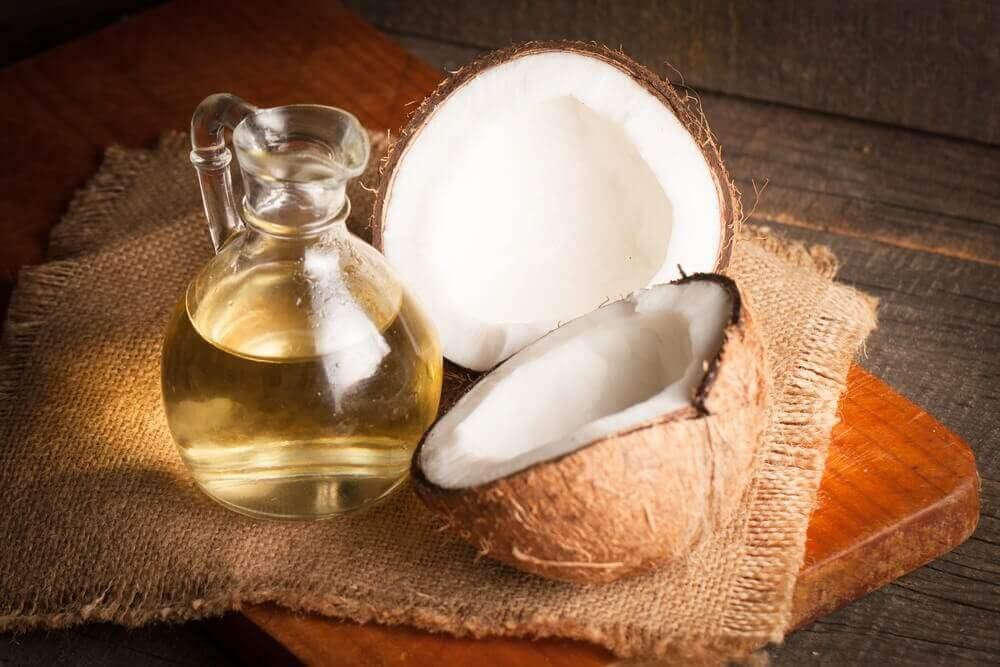 kokeile kotikonstia silmätulehdukseen: kookosöljy