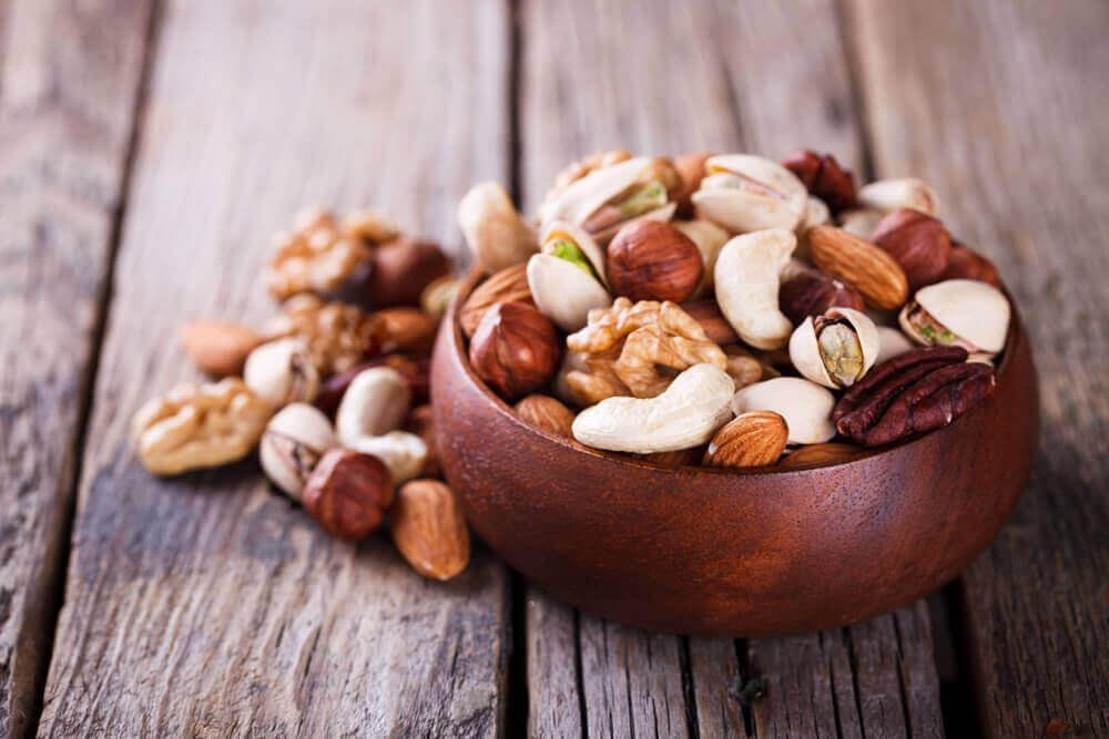 Miksi syödä puupähkinöitä?