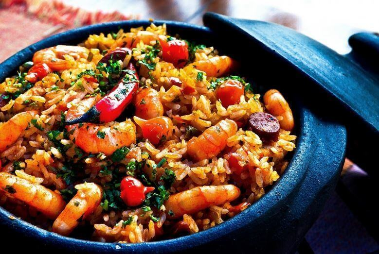 kiinalainen riisi katkaravuilla
