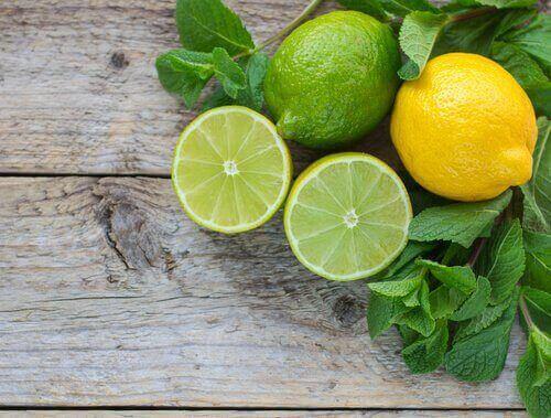 ahdistusta lievittäviä ruokia: sitruuna ja lime