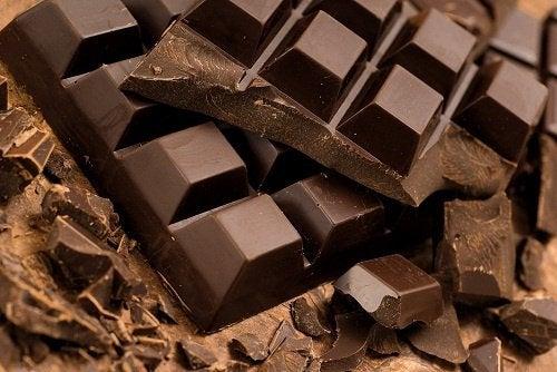 suklaata ei kannata syödä iltaisin