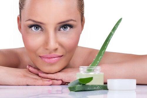 5 syytä käyttää aloe veraa ihonhoitoon