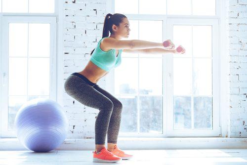 kokeile vartaloa muokkaavaa kyykkyä