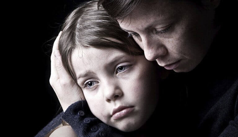 narsistinen äiti aiheuttaa masennusta