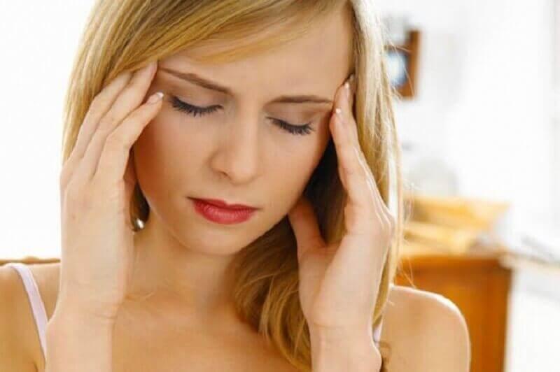 kuuntele elimistön varoitusmerkkiä jos sinulla on päänsärkyä