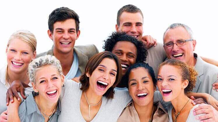 positiiviset ihmiset auttavat surullisuudesta eroon
