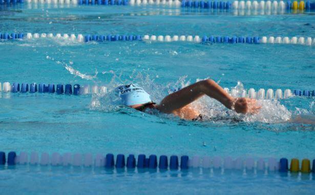 uinti auttaa pysymään kunnossa