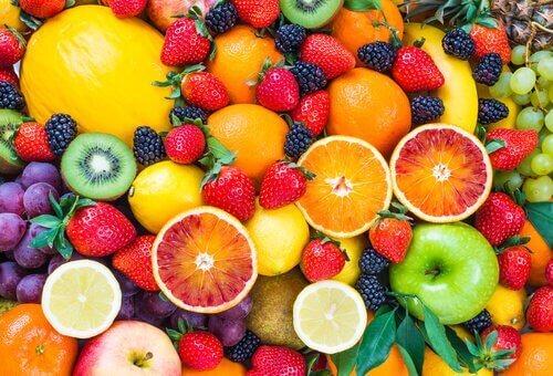 Painonpudotusta kiihdyttäviä hedelmiä