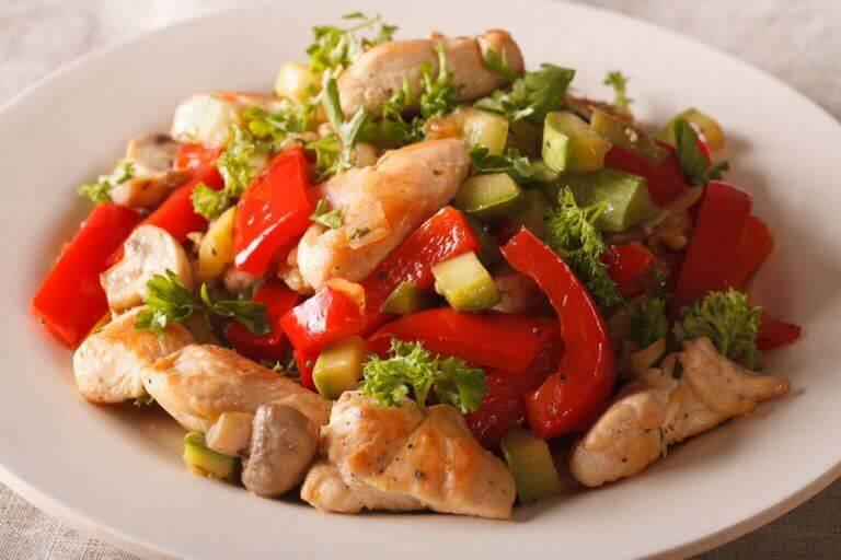 kanaa ja kasviksia