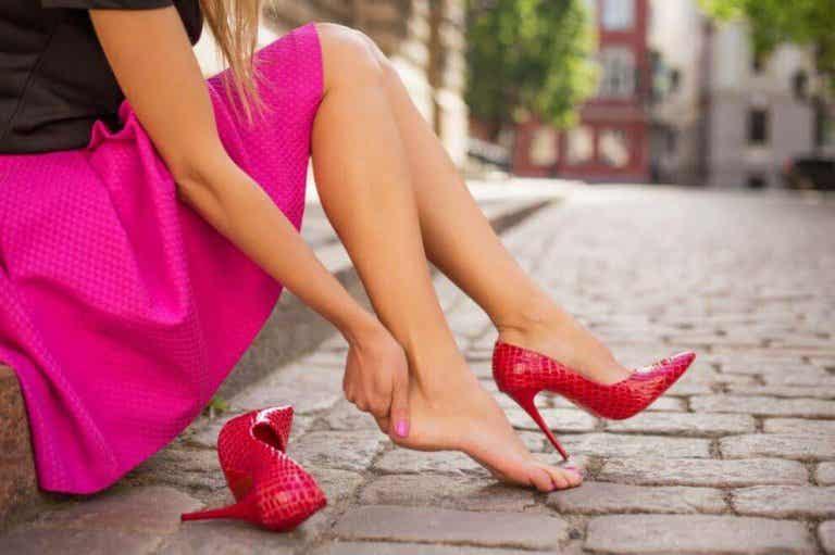 Näin ehkäiset uusista kengistä aiheutuvaa kipua: 5 vinkkiä