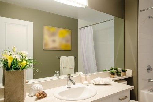 5 tavallista kylpyhuoneen sisustamisessa tehtyä virhettä