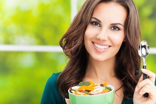 ruoka ja liikunta saavuttaaksesi haluamasi vartalon