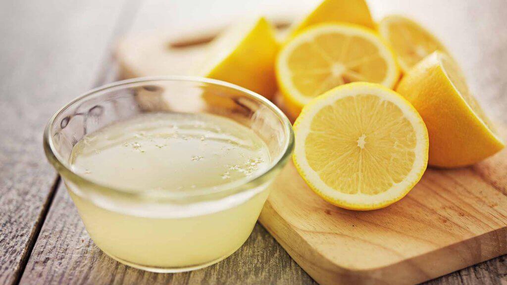 ilmavaivoja lievittäviä hoitoja: sitruuna