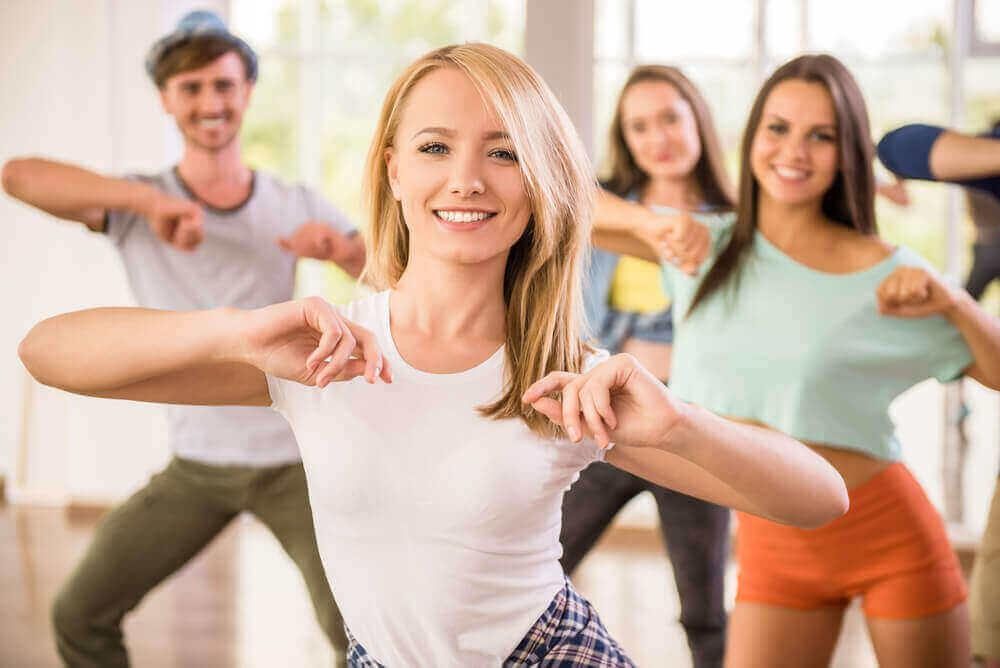 tanssin tuomia hyötyjä: saat liikuntaa